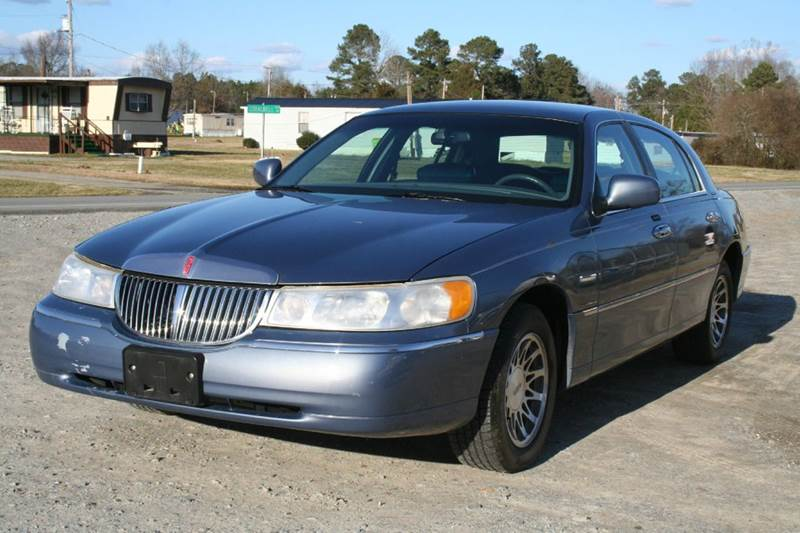 2000 Lincoln Town Car Signature 4dr Sedan In Roanoke Rapids Nc