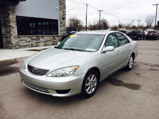 2005 toyota camry xle v6 4dr sedan in evansville in best choice auto. Black Bedroom Furniture Sets. Home Design Ideas
