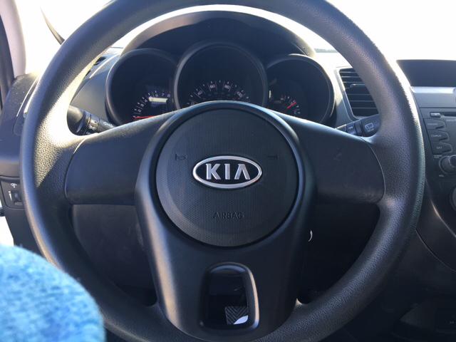 2011 Kia Soul Base 4dr Wagon - Rialto CA