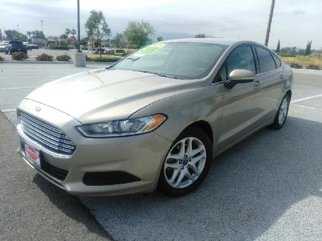 Vehicle Options & 2015 Ford Fusion SE 4dr Sedan In RIALTO CA - Esquivel Auto Depot Inc. markmcfarlin.com