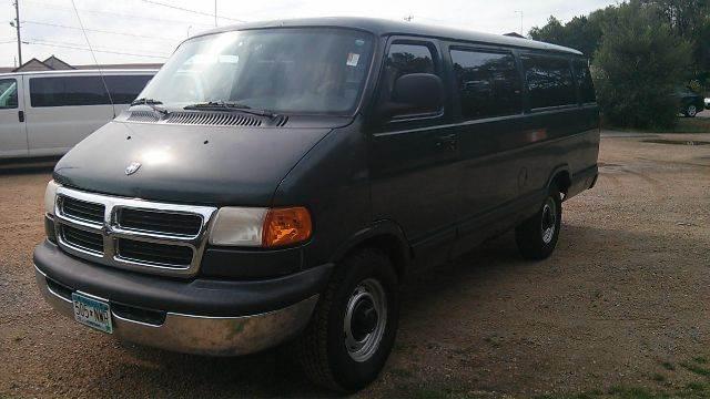 Auto Sales In Newport Ar: Used 2000 Dodge Ram Wagon 3500 Maxi 3dr Passenger Van