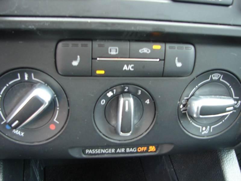 2013 Volkswagen Jetta SE 4dr Sedan 6A (ends 1/13) - Provo UT