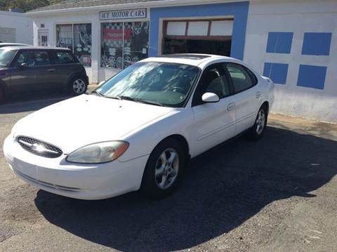 2001 Ford Taurus for sale in Waltham, MA