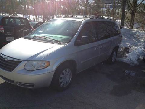 2006 Chrysler Town and Country for sale in Concord, MA