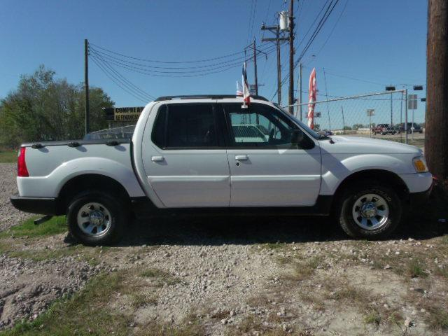 2001 ford explorer sport trac in houston tx fredy car for less. Black Bedroom Furniture Sets. Home Design Ideas