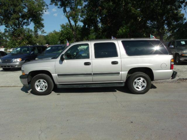 2005 chevrolet suburban base for sale in houston tomball katy fredy car for less. Black Bedroom Furniture Sets. Home Design Ideas