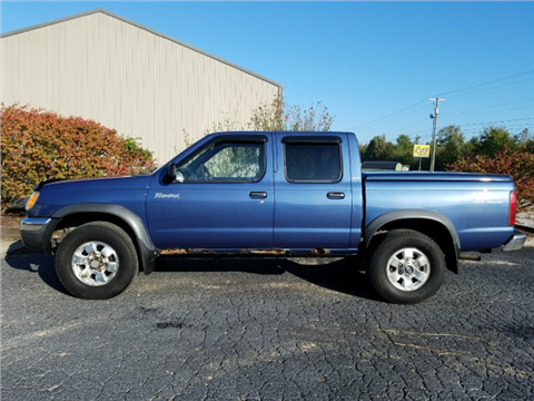 2000 Nissan Frontier for sale in Hartford, KY