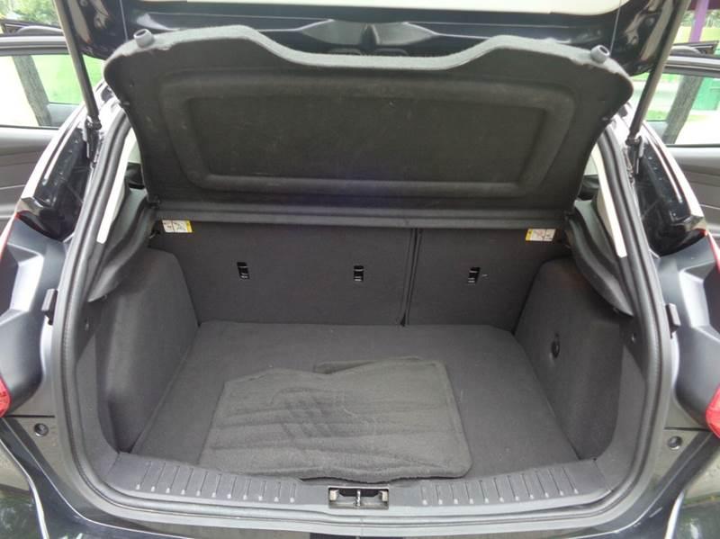 2013 Ford Focus SE 4dr Hatchback - Elgin IL