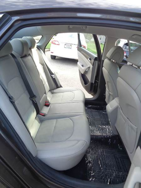 2015 Hyundai Sonata Sport 4dr Sedan - Elgin IL