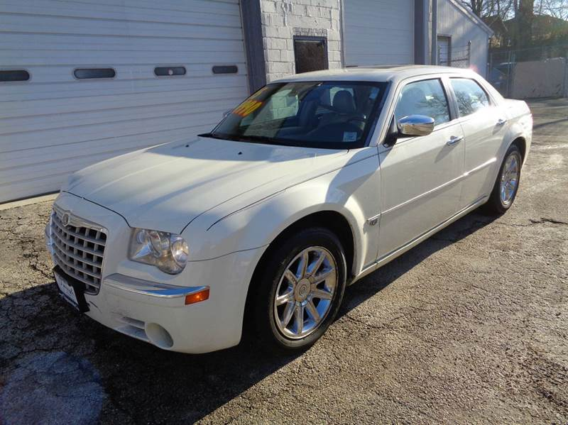 used 2005 chrysler 300 for sale in illinois. Black Bedroom Furniture Sets. Home Design Ideas