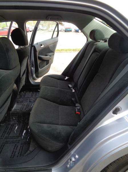 2004 Honda Accord LX V-6 4dr Sedan - Elgin IL