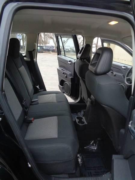 2008 Jeep Compass Sport 4x4 4dr SUV w/CJ1 - Elgin IL