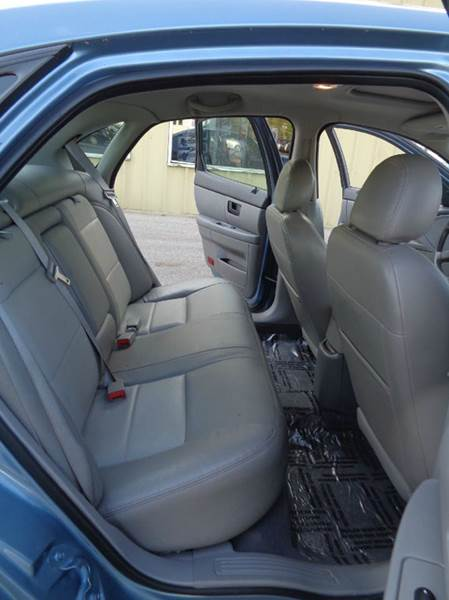 2007 Ford Taurus SEL Fleet 4dr Sedan - Elgin IL
