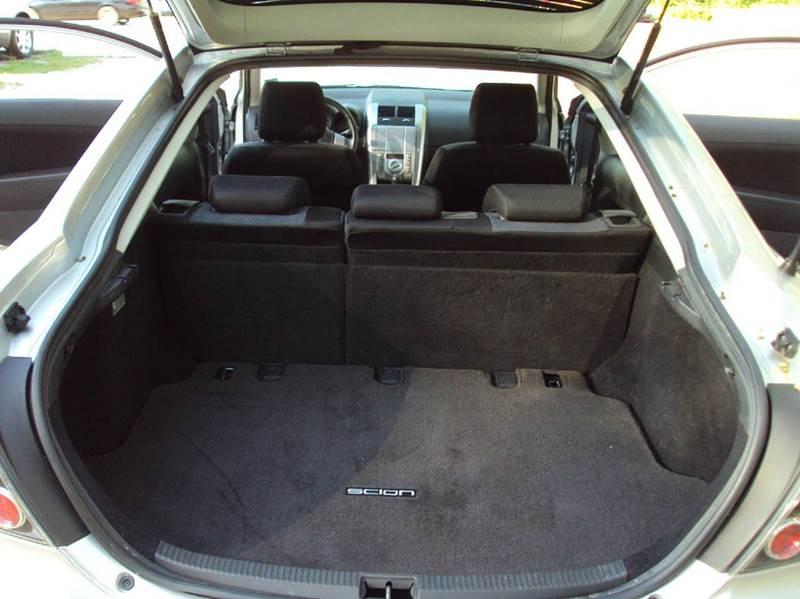 2008 Scion tC Base 2dr Hatchback 5M - Elgin IL