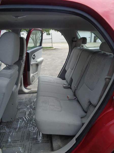 2006 Chevrolet Equinox LS 4dr SUV - Elgin IL