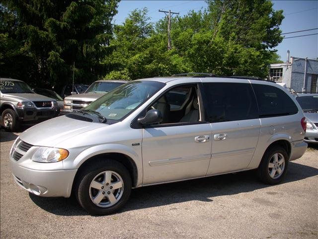 2005 dodge grand caravan sport in miamisburg oh superior. Black Bedroom Furniture Sets. Home Design Ideas