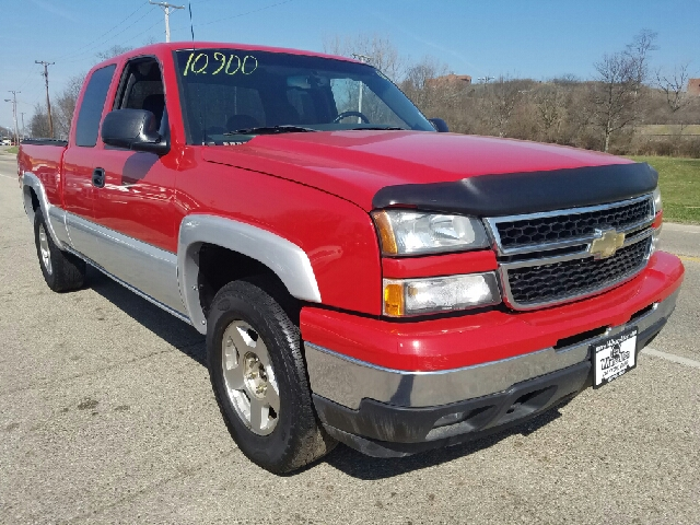 2006 Chevrolet Silverado 1500 LT1 4dr Extended Cab 4WD 6.5 ft. SB - Miamisburg OH