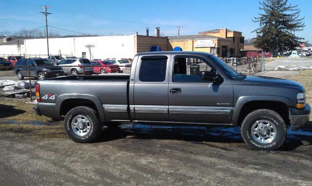 2000 chevrolet silverado 2500 ext cab 4 door short bed 4wd in miamisburg oh superior auto sales. Black Bedroom Furniture Sets. Home Design Ideas