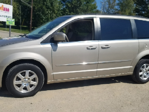 2009 Chrysler Town and Country for sale in Miamisburg, OH