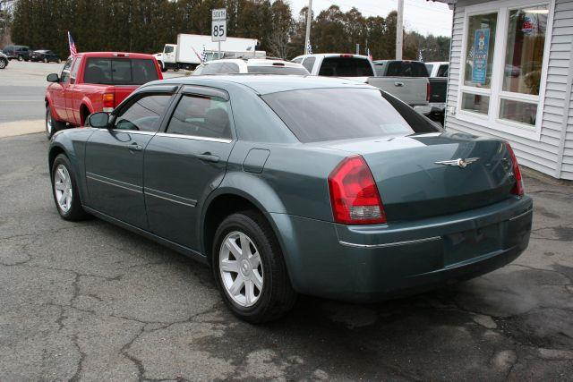 2005 Chrysler 300 Touring - Marlboro MA