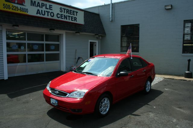 2006 Ford Focus ZX4 SE - MARLBOROUGH MA