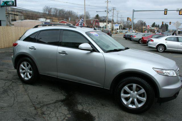 2005 Infiniti FX35 Base - MARLBOROUGH MA