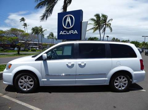 2015 Chrysler Town and Country for sale in Kahului, HI