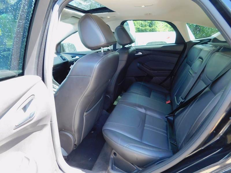 2013 Ford Focus SE 4dr Hatchback - Mattawan MI