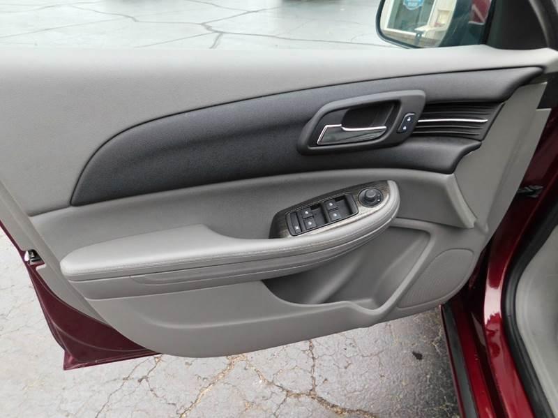 2015 Chevrolet Malibu LT 4dr Sedan w/1LT - Mattawan MI