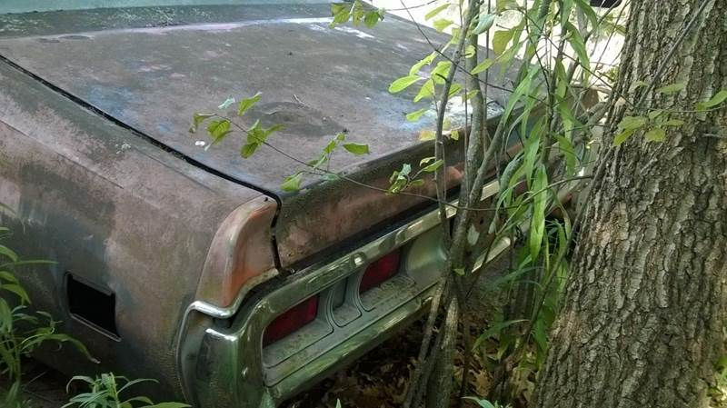 1971 Dodge Charger parts car - Jackson Michigan MI