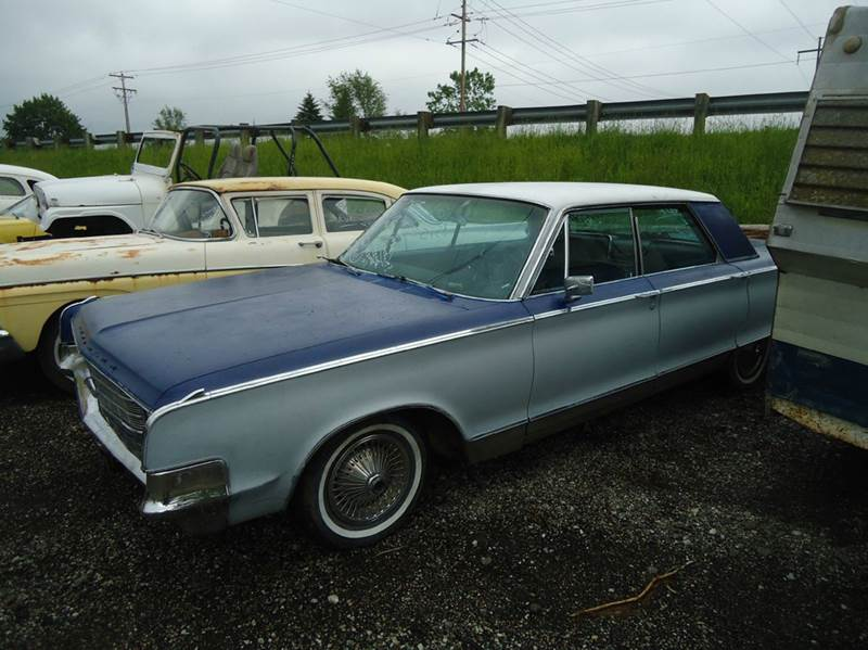 1965 Chrysler Newport 4 dr ht - Jackson Michigan MI