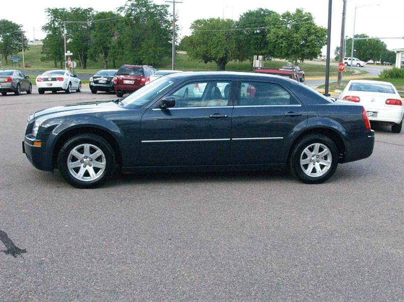 2007 Chrysler 300 Touring 4dr Sedan - South Sioux City NE
