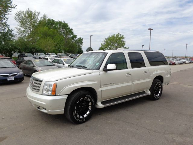 Used cadillac escalade esv for sale for Muth motors omaha ne