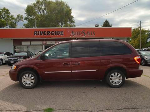 2007 Chrysler Town and Country for sale in Sioux City, IA