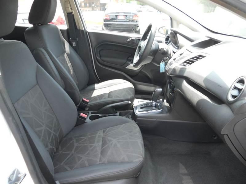2012 Ford Fiesta SE 4dr Hatchback - Redlands CA