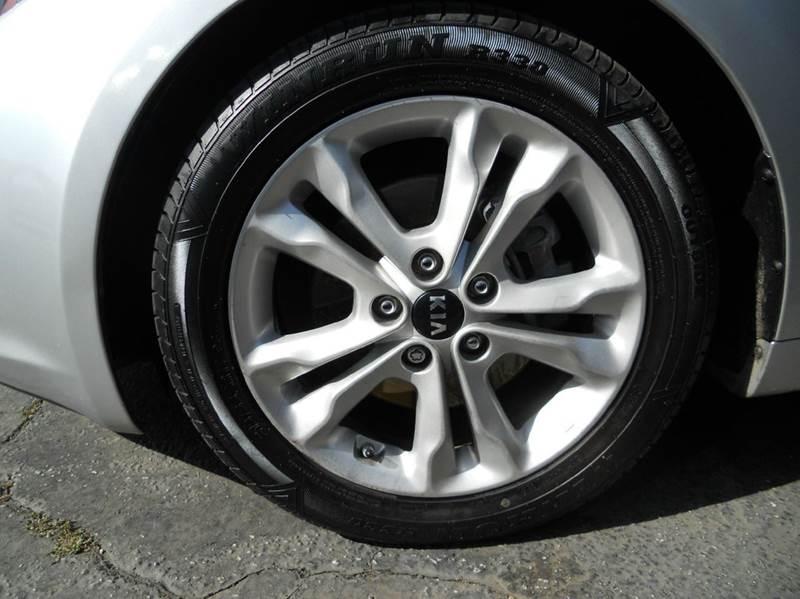 2011 Kia Optima EX 4dr Sedan - Redlands CA