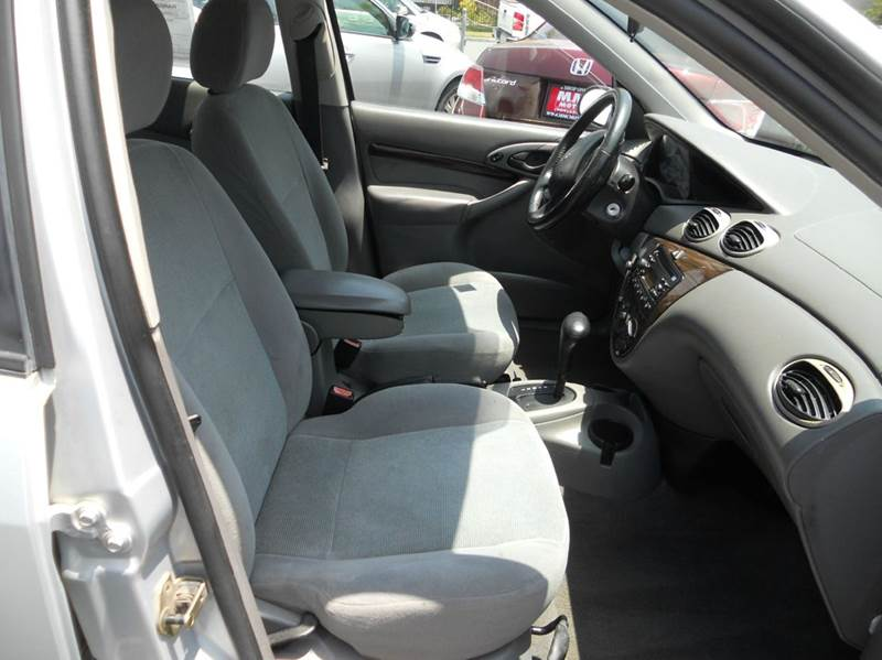 2001 Ford Focus ZTS 4dr Sedan - Redlands CA