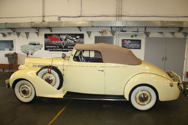 1939 Packard 120 Convertible