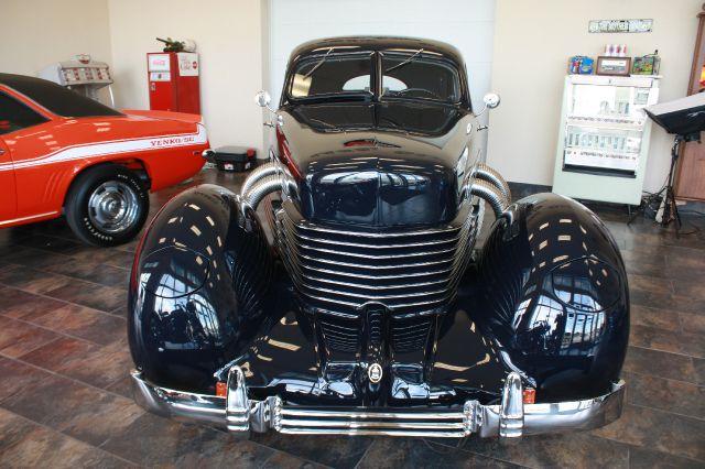 1937 Cord 812