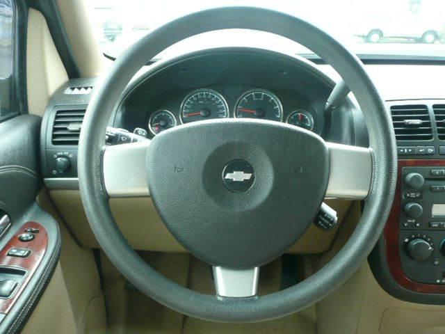 2007 Chevrolet Uplander LT 4dr Extended Mini Van w/1LT - Osseo MN