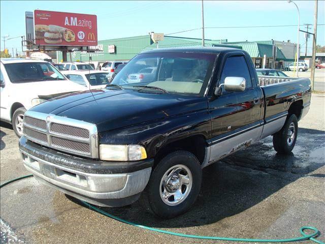 1995 dodge ram pickup 1500 for sale in michigan. Black Bedroom Furniture Sets. Home Design Ideas