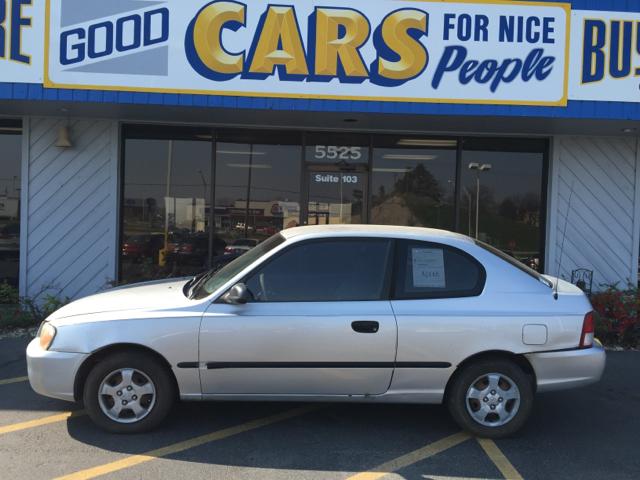 2001 hyundai accent l 2dr hatchback in omaha ne good cars 4 nice people. Black Bedroom Furniture Sets. Home Design Ideas