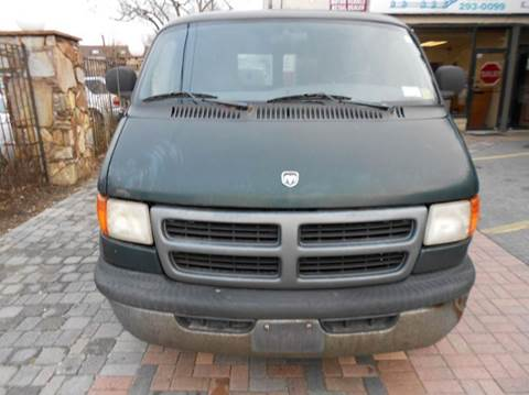 1998 Dodge Ram Van for sale in Farmingdale, NY