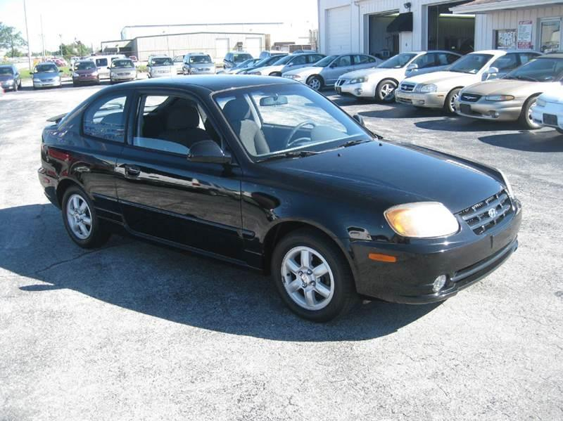 2005 hyundai accent gls 2dr hatchback in fort wayne in e. Black Bedroom Furniture Sets. Home Design Ideas