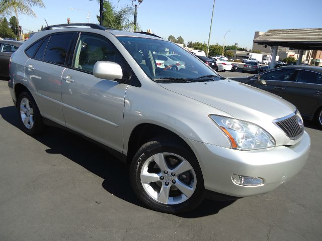 2006 LEXUS RX 330 BASE 4DR SUV silver looking for a midsize reliable suv look no further this is