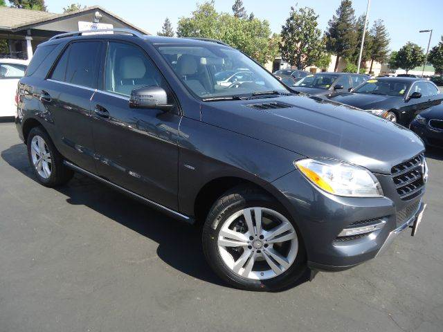 2012 MERCEDES-BENZ M-CLASS ML350 AWD 4MATIC 4DR SUV gray clean carfax 1 owner  navigation system