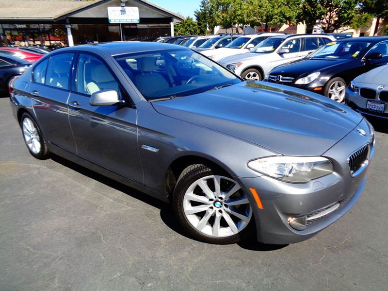 2011 BMW 5 SERIES 528I 4DR SEDAN gray clean carfax  1 ownercalifornia car loaded na