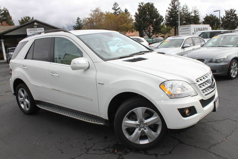 2010 MERCEDES-BENZ M-CLASS ML350 BLUETEC AWD 4MATIC 4DR SUV white 2-stage unlocking doors 4wd ty
