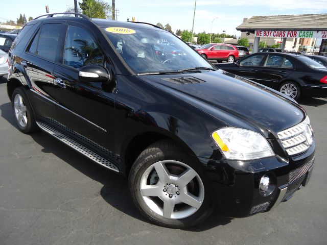 2008 MERCEDES-BENZ M-CLASS ML550 black navigation heated seat leather seating surfaces package