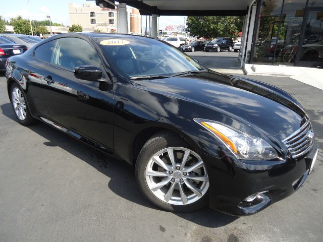2011 INFINITI G37 COUPE JOURNEY 2DR COUPE black one owner california car equipped with navigat